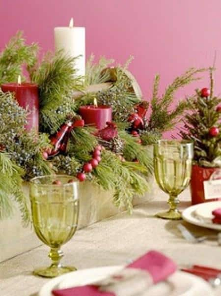 amazing christmas candles and decorations with them 16 20+ Ιδέες Χριστουγεννιάτικης διακόσμησης με κεριά & κηροπήγια
