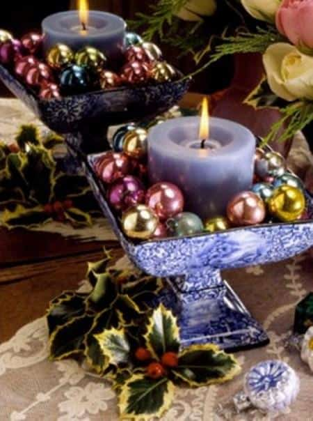 amazing christmas candles and decorations with them 17 20+ Ιδέες Χριστουγεννιάτικης διακόσμησης με κεριά & κηροπήγια