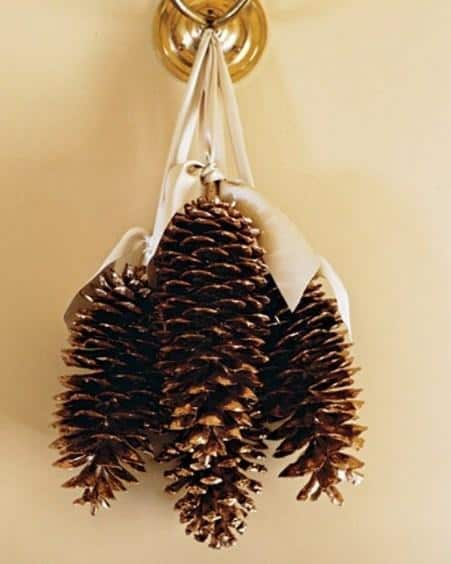 awesome-pinecone-decorations-for-christmas-19