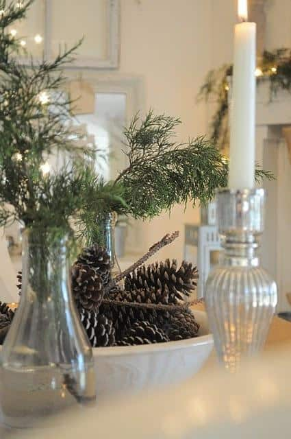 awesome-pinecone-decorations-for-christmas-23