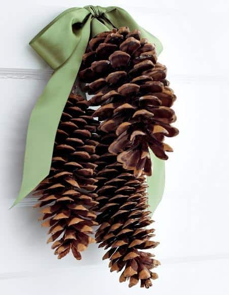 awesome-pinecone-decorations-for-christmas-33
