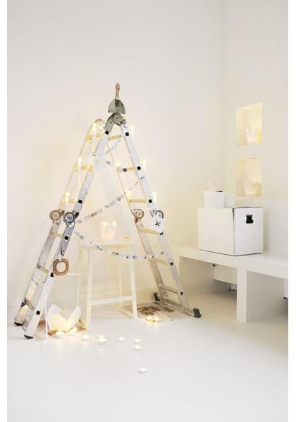 cool-christmas-tree-alternatives13