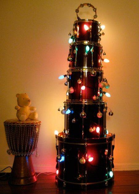 cool-christmas-tree-alternatives3