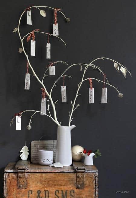 cool-christmas-tree-alternatives9