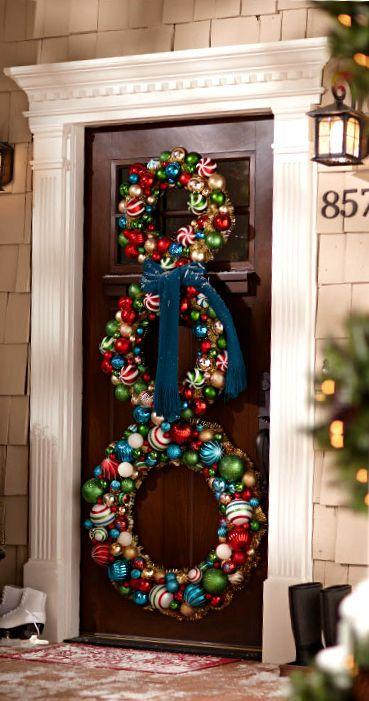 stunning-christmas-front-door-decor-ideas-6